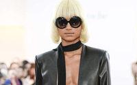 Paris Fashion Week: Guy Laroche sorprende con una collezione molto seducente
