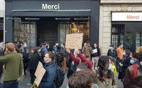 Une réouverture des commerces marquée par les manifestations et les retrouvailles avec les clients