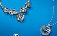 Jewellery maker Pandora sees 2017 revenue at low end of guided range