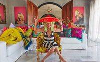 Designer de moda, Betsey Johnson, lista sua mansão mexicana no Airbnb