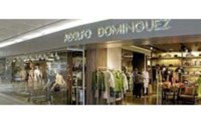 Adolfo dom nguez cierra cuatro tiendas en m xico for Tiendas adolfo dominguez valencia