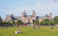 Permit granted for Amsterdam Fashion Week at Museumplein despite local opposition