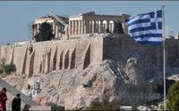 Grecia apoya el dictamen de rechazo al desfile de Gucci en la Acrópolis