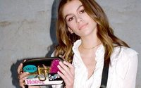 Kaia Gerber designs new bag for Marc Jacobs