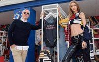 Новая коллекция Томми Хилфигера и Джиджи Хадид будет показана в Лондоне