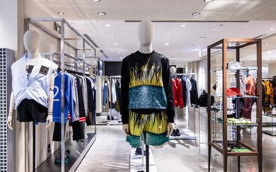 c641f7ac9e Gucci celebra l'apertura della nuova boutique monomarca di Torino ...