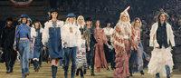 「ココ シャネル、ダラスに帰る」Chanelが米国でショー開催