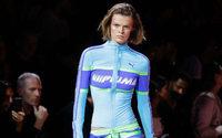 Rihanna'nın Tasarımları Puma'nın Spor Giyim Satışlarının Artmasına Katkıda Bulunuyor