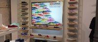 La marca italiana Superga abre su primera flagship en Madrid