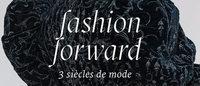 La moda del siglo XVIII al XXI propone un viaje por el tiempo en París