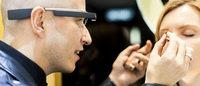 YSL用Google Glass拍摄一对一化妆教程