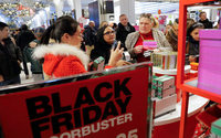 Black Friday, Thanksgiving online sales climb to record high
