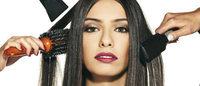 Outubro Rosa: usuários do Metrô-DF doam cabelos para produção de perucas