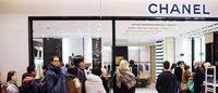 Chine : frénésie d'achats dans les boutiques Chanel après de fortes baisses des prix