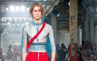 A-Cold-Wall continua experiências entre couture e streetwear