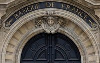 Le ralentissement de l'économie française s'est atténué en avril, relève la Banque de France