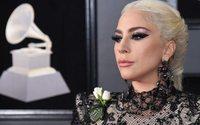 Grammys red carpet: white roses for equality