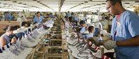 Emprego industrial cai 4,1% em um ano, entre calçados e couro a queda foi de -6,8%