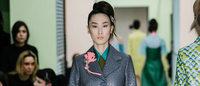 Moda de Milão: A abordagem moderna da Prada sobre os anos 50