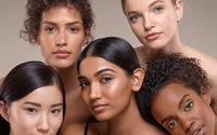 Bobbi Brown, il brand di make up che ha inventato il nude look arriva in Italia