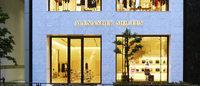 アレキサンダー・マックイーン青山旗艦店オープン、日本人アーティスト作品設置