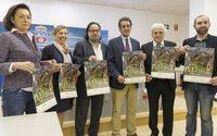 Entregan a la Asociación Española contra el Cáncer los más de 4.000 euros recaudados en el desfile de Cabárceno