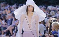 Milano Fashion Week: Angela Missoni festeggia i suoi 20 anni di creazione con gioia e leggerezza