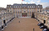 Les produits dérivés de l'Elysée en vente aux Galeries Lafayette