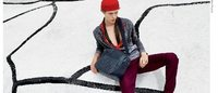 Bottega Veneta: Viviane Sassen firma l'adv per la P/E 2016