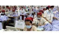 Camboya eleva el salario mínimo de los trabajadores de la industria textil un 28%
