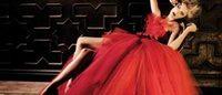 AltaRoma: rosso e organza protagonisti della donna Chiaradè