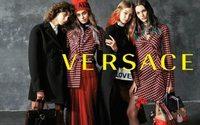 Versace: Gigi Hadid y Taylor Hill promueven la unidad y la esperanza