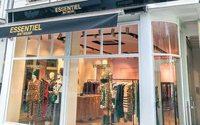 Essentiel Antwerp stellen Menswear ein