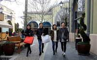 From stained glass to stylists, Spain bids to be global shopping hub
