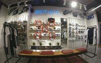 Новый магазин The Sneaker открылся в новокузнецком ТРЦ «Планета»