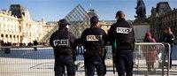 Le luxe français s'alarme des agressions de touristes qui menacent l'emploi