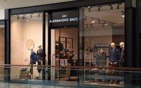 Alessandro Sacco llega a las 18 tiendas y prevé abrir en Madrid y Barcelona