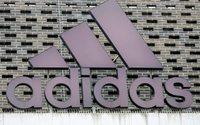 Adidas erhöht Prognose für 2017