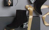 Kenneth Cole podría maquilar parte de su calzado en México