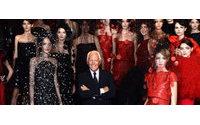 Vermelho, preto e branco norteiam colecção Giorgio Armani Privé
