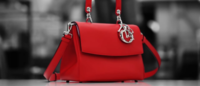 Dior revela o processo de confecção da bolsa Be Dior