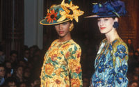 """YSL: all'asta la giacca ispirata ai """"Girasoli"""" di Van Gogh"""