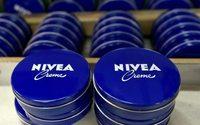 Nivea-Hersteller Beiersdorf macht 2017 weniger Gewinn