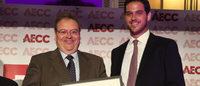 La AECC reconoce a Holea con una 'Mención Especial' en sus premios 2014