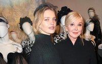 Выставка к 25-летию Yanina Couture открылась в Русском центре в Париже