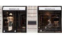 Moncler bekämpft Fälschungen mit modernster Technologie