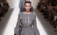 Fashion Week de Milan : Fendi voit la vie en rose, Prada en cinémascope
