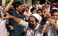 Bangladesh : les manifestations des ouvriers du textile se poursuivent