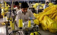 Aumenta un 5,5% la producción de ropa de vestir en México