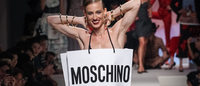 Moschino: 30 ans sous le signe de l'ironie